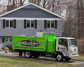 junk-removal-fairfield-connecticut-e1408730852132